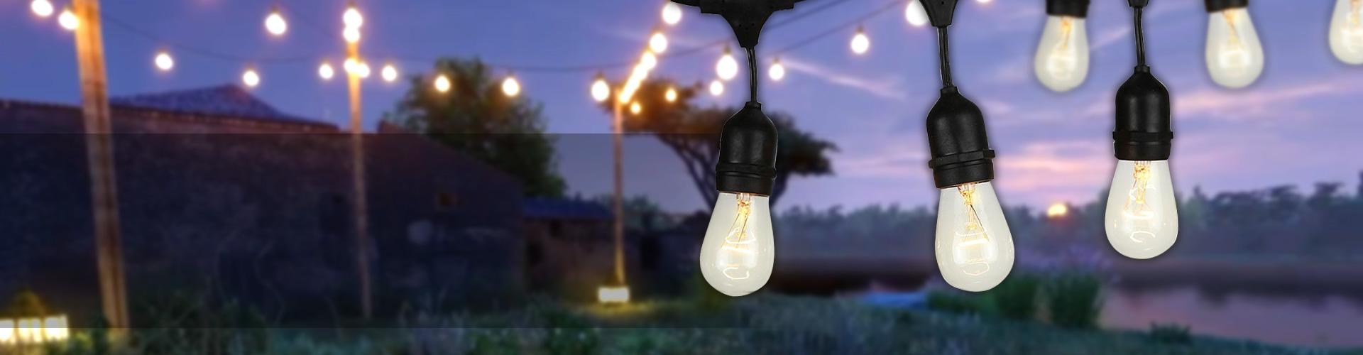 string-lights-bg